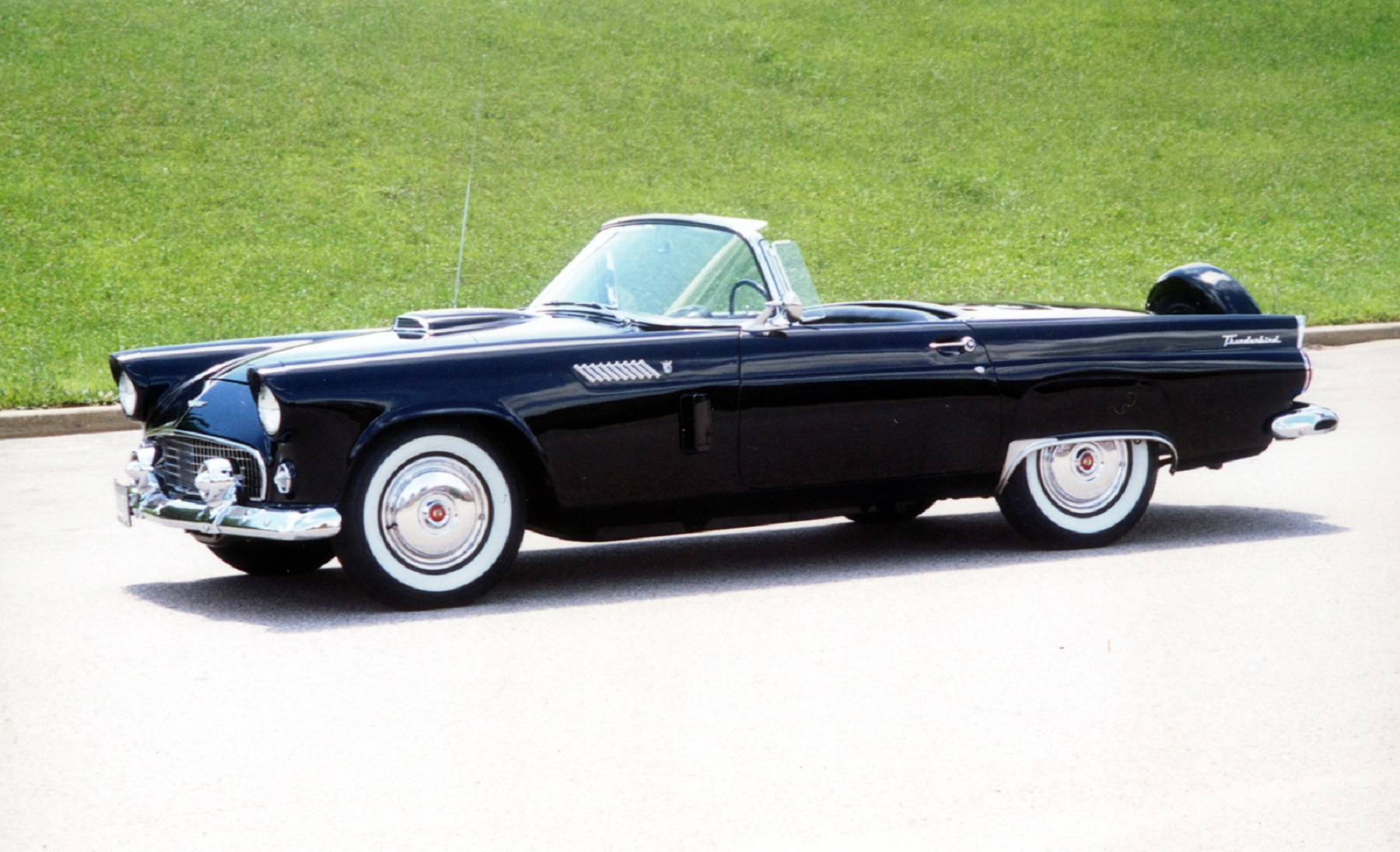 1956 Ford Thunderbird Back to Brand New Quality Classic Classics