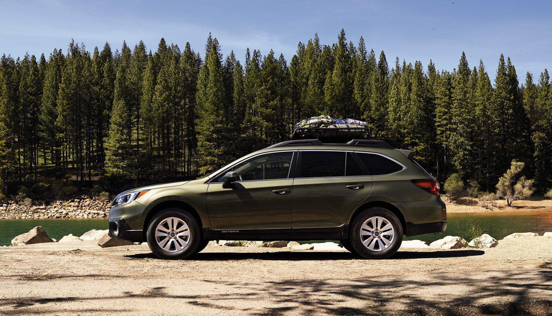 2017 subaru outback a monument to success new on wheels groovecar. Black Bedroom Furniture Sets. Home Design Ideas