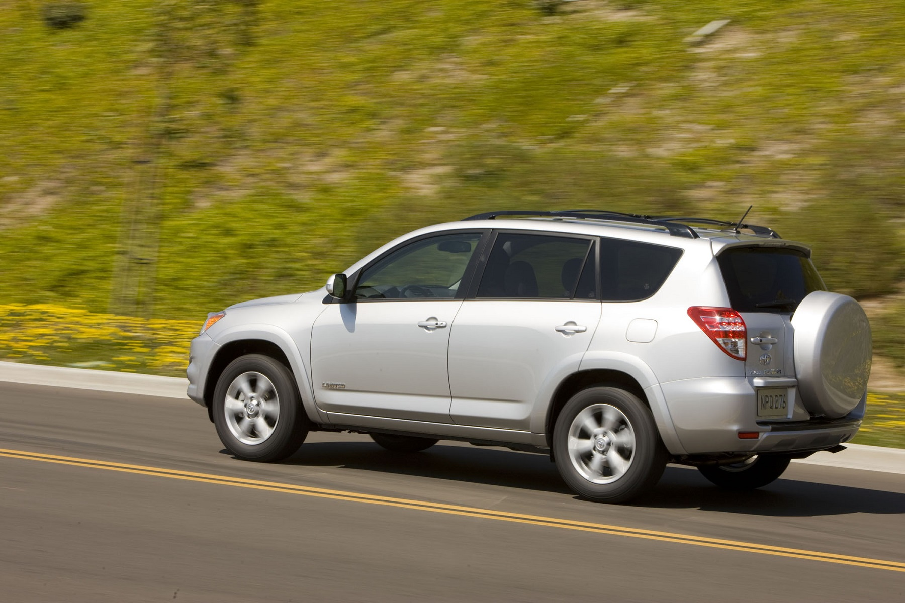 Manufacturer photo: 2011 Toyota RAV4