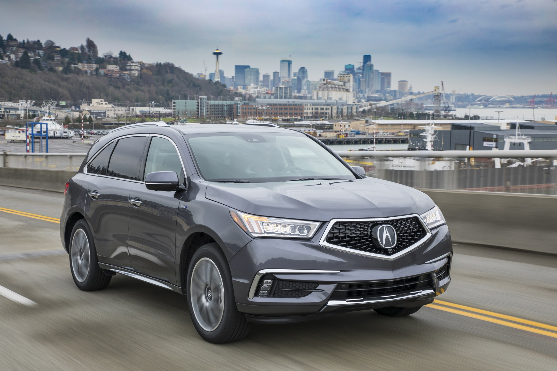 Manufacturer photo: The 2017 Acura MDX Sport Hybrid uses the same basic powertrain as the NSX, though not as powerful