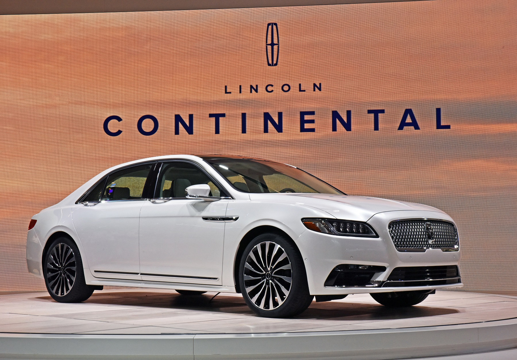Manufacturer photo: Lincoln heralds the return of its flagship -- the Continental -- an elegant, effortlessly powerful, serene full-size sedan that delivers quiet luxury to the most discerning customers