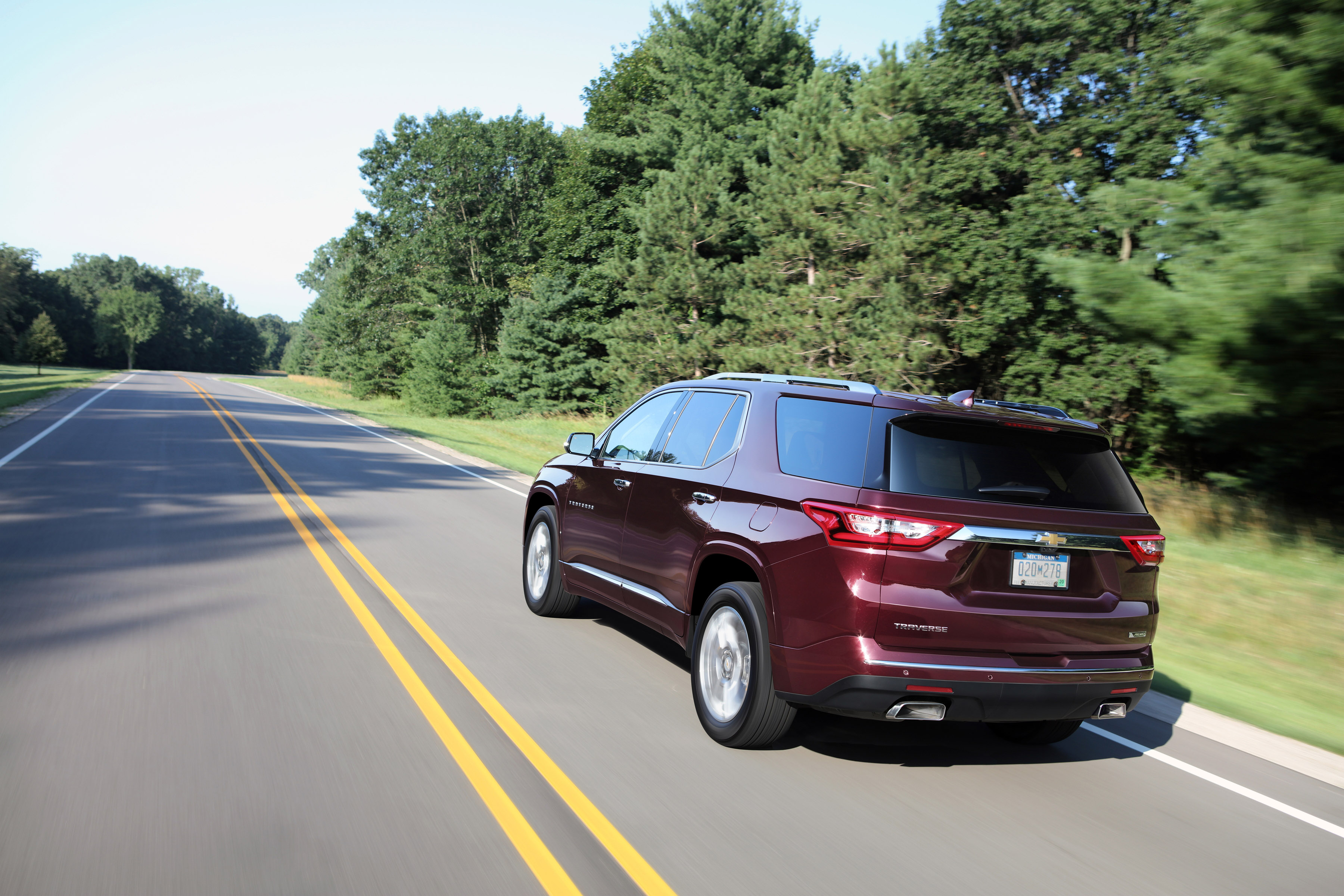 Manufacturer photo: Chevrolet introduces the all-new 2018 Traverse wrapped in bold and refined styling