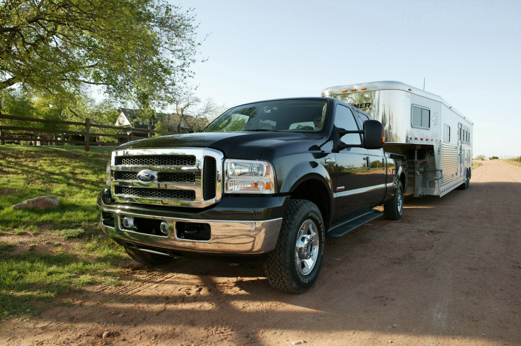 Manufacturer photo 2005 ford super duty