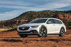 2018 Regal TourX: Buick Brings Back the Station Wagon