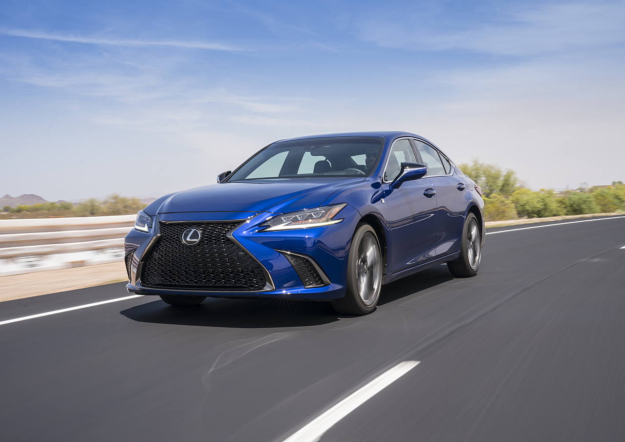 Lexus ES 350: Elegant Sedan is All-New for 2019