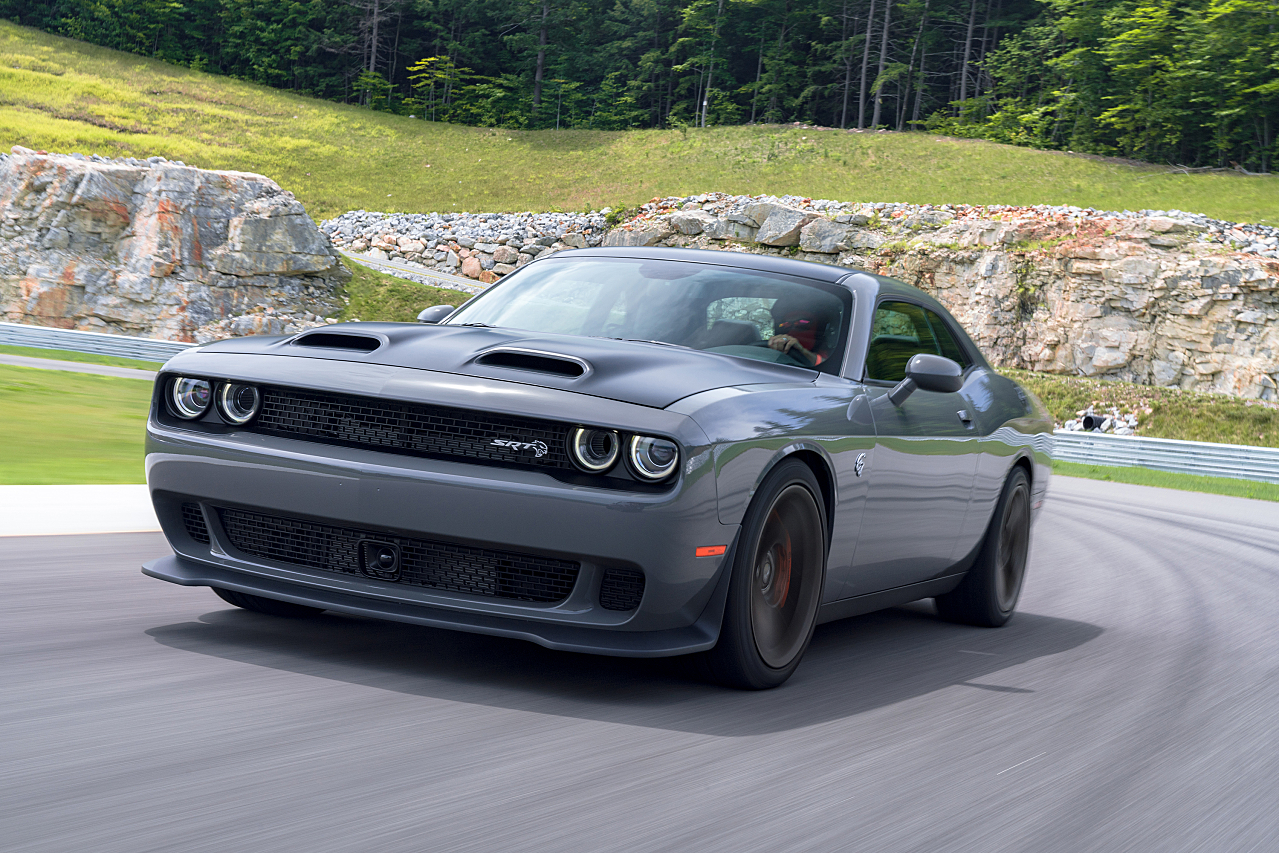 Overdeveloped Muscles: 2019 Dodge Challenger Lineup