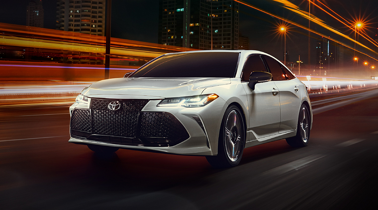 2019 Toyota Avalon: Authentic and Exhilarating