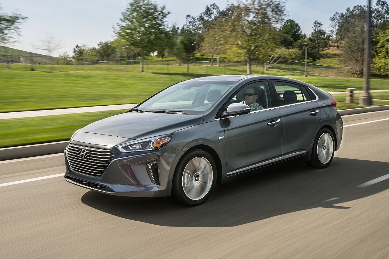 Hyundai Ioniq Hybrid: High Energy Efficiency