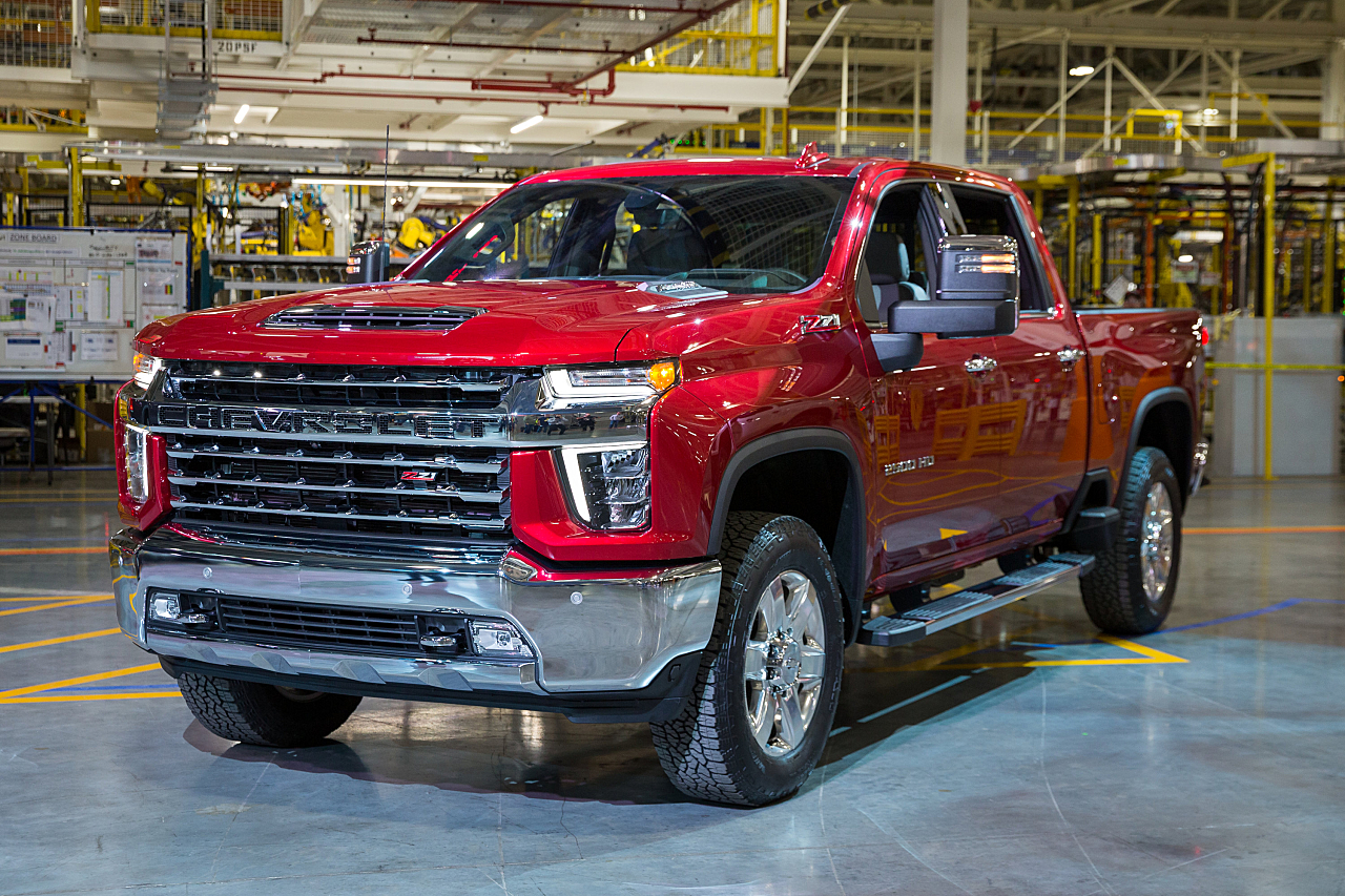 2020 Chevy Silverado HD: 35,500-Pound Tow Rating