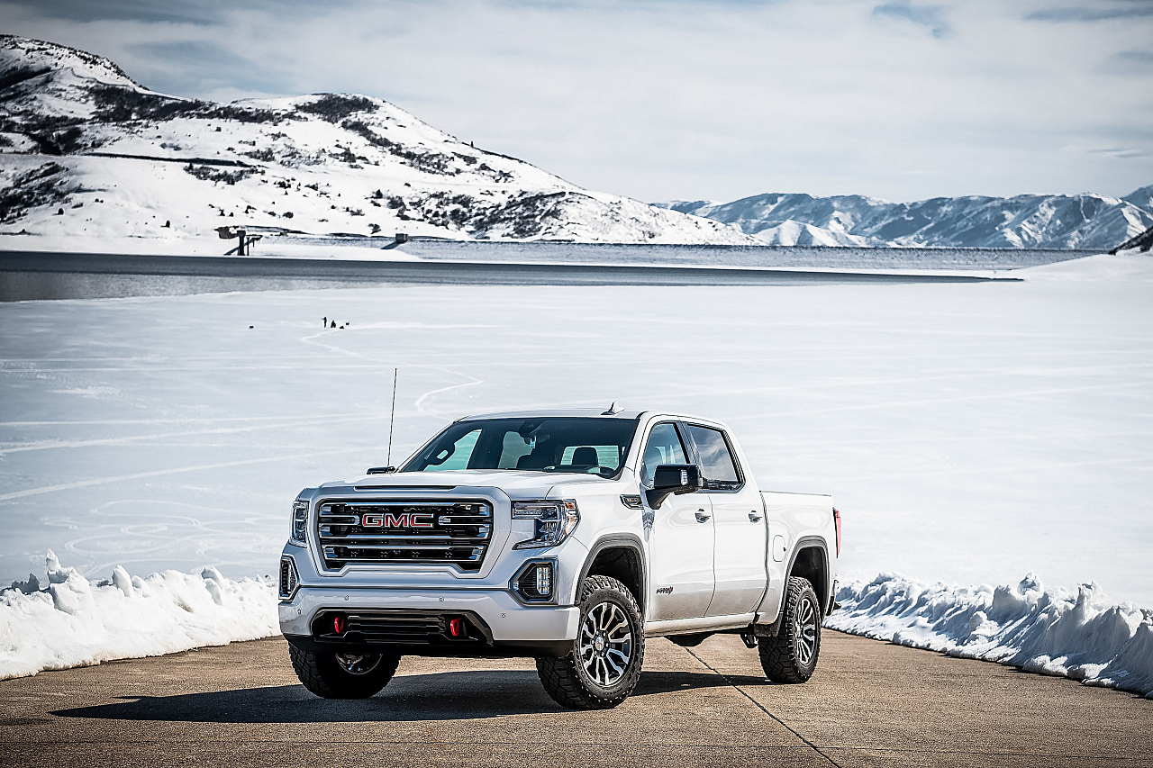 GMC Sierra AT4: Taller, Tougher