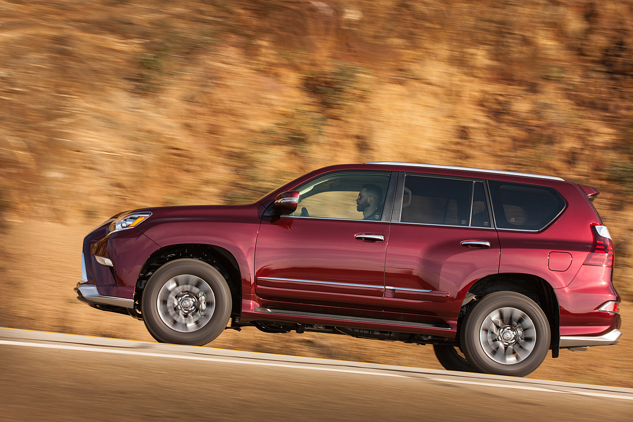 Lexus GX 460: Full-size capable Luxury SUV