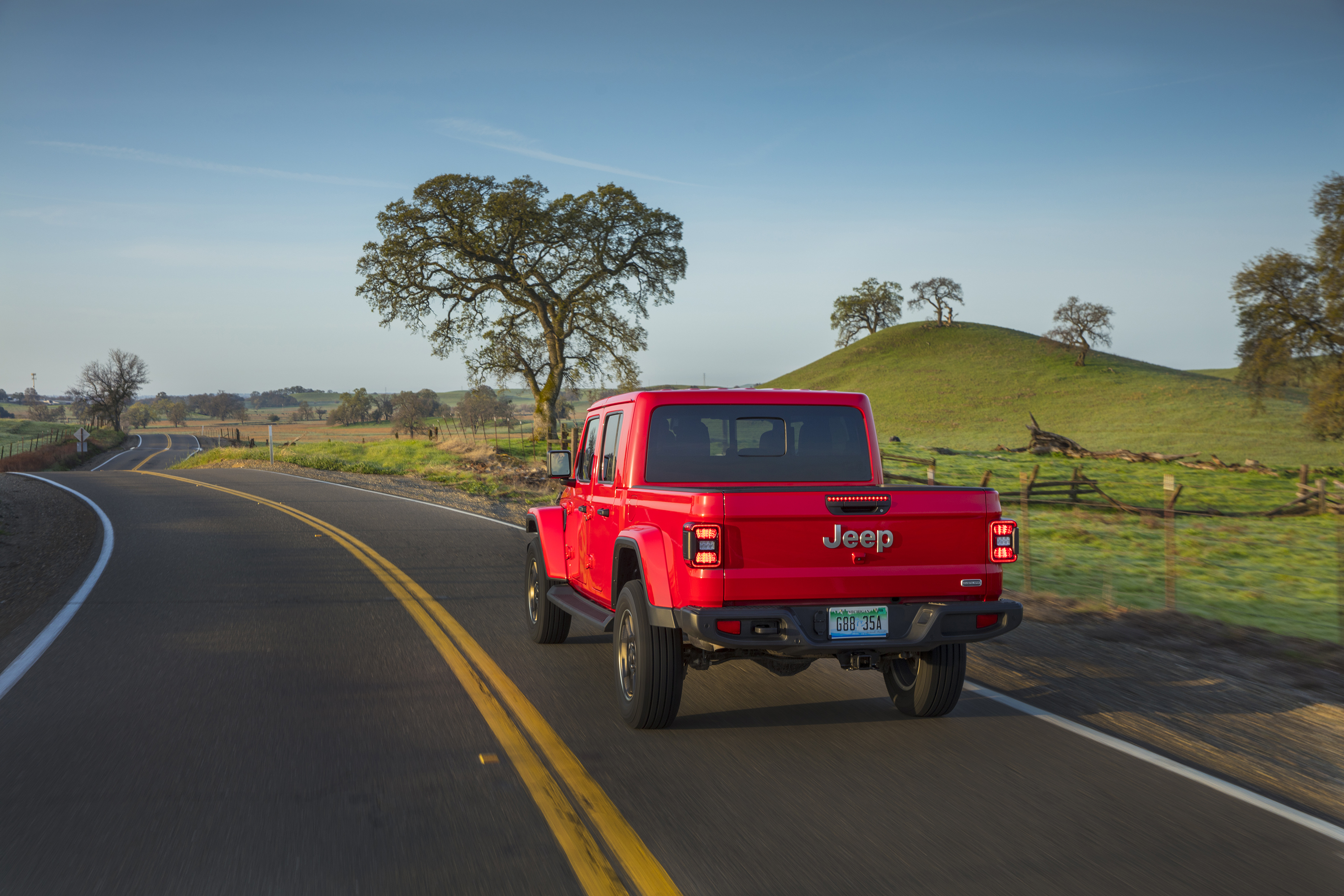 Manufacturer photo: The all-new 2020 Gladiator builds on a rich heritage of tough, dependable Jeep trucks with an unmatched combination of rugged utility, authentic Jeep design, open-air freedom, clever functionality and versatility, best-in-class towing and 4x4 payload, advanced fuel-efficient powertrains, superior on- and off-road dynamics and a host of innovative safety and advanced technology features.