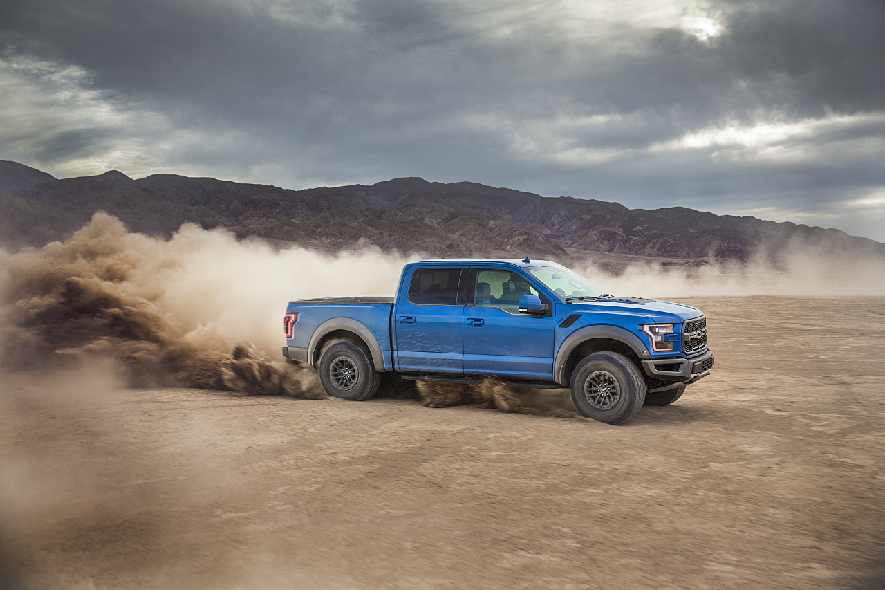 Ford F-150 Raptor: Alone and Loving It