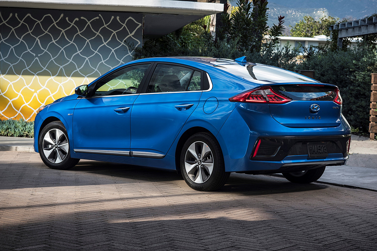 Eco-Focused, Electrified: Hyundai Ioniq Plug-In