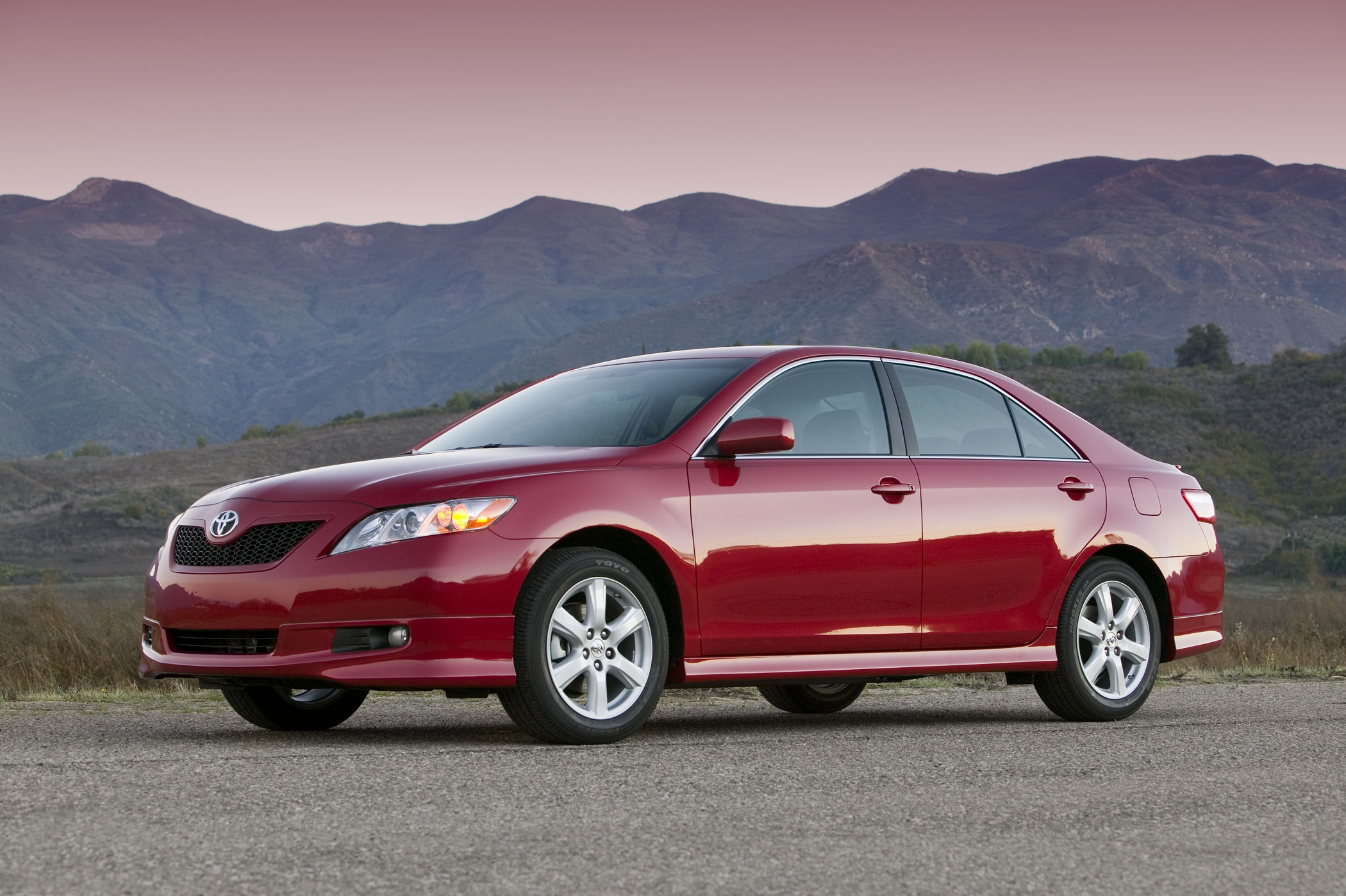 Manufacturer photo: 2009 Toyota Camry
