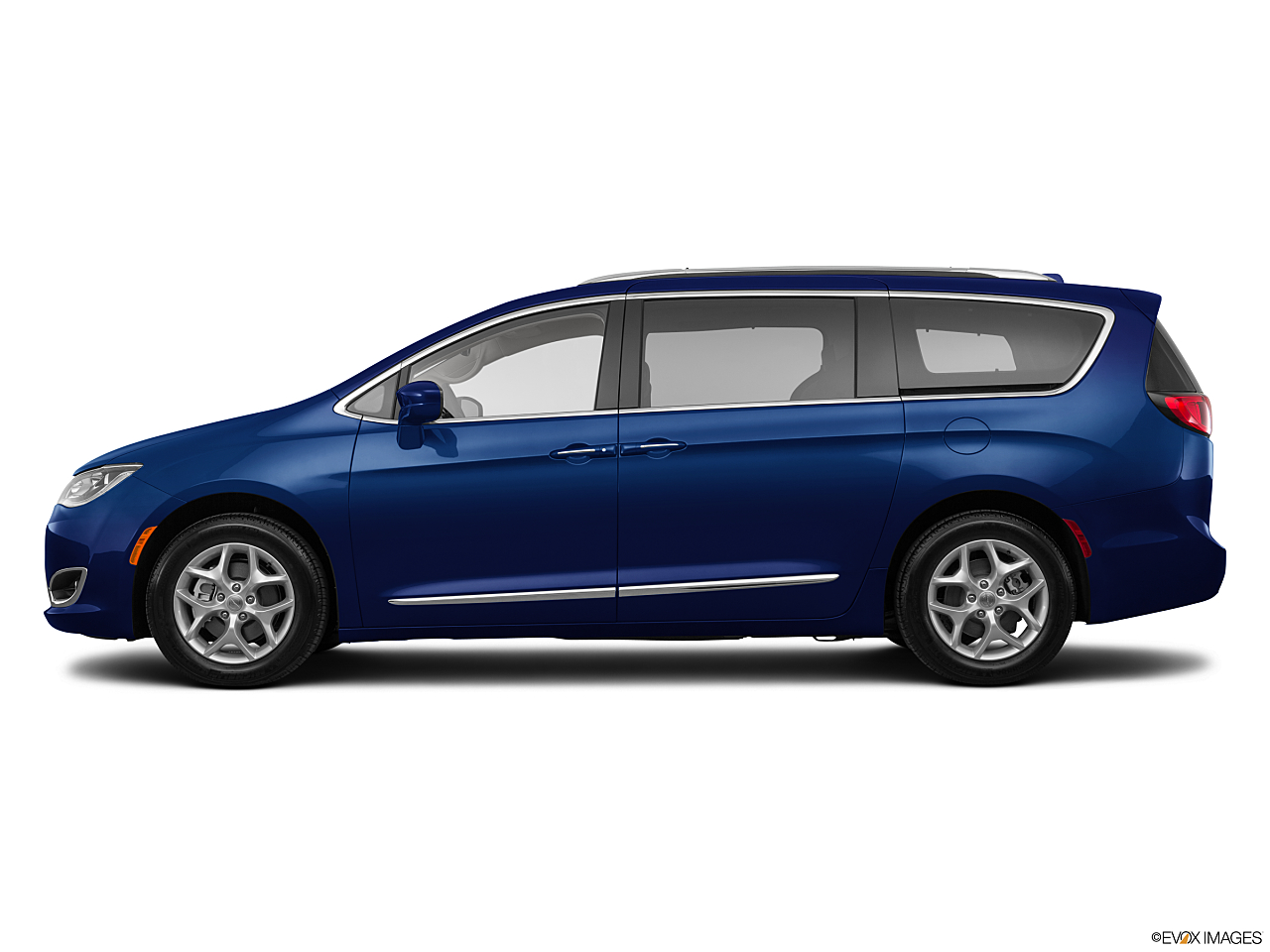 Image of 2018 Chrysler Pacifica Touring Plus
