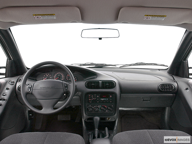 2000 chrysler cirrus lx 4dr sedan research groovecar 2000 chrysler cirrus lx centered wide dash shot publicscrutiny Image collections