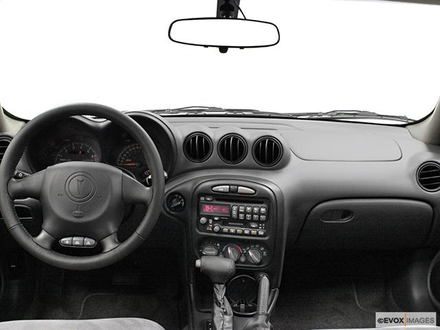2003 Pontiac Grand Am Gt Centered Wide Dash Shot