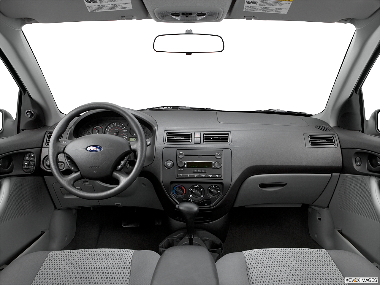 2006 ford focus zx4 ses 4dr sedan research groovecar for Ford focus 2006 interieur