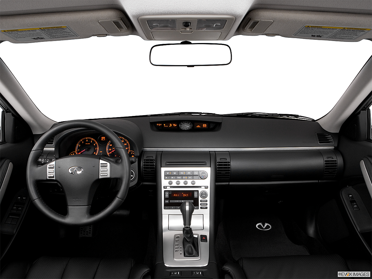 2006 Infiniti G Sedan G35x, Centered Wide Dash Shot