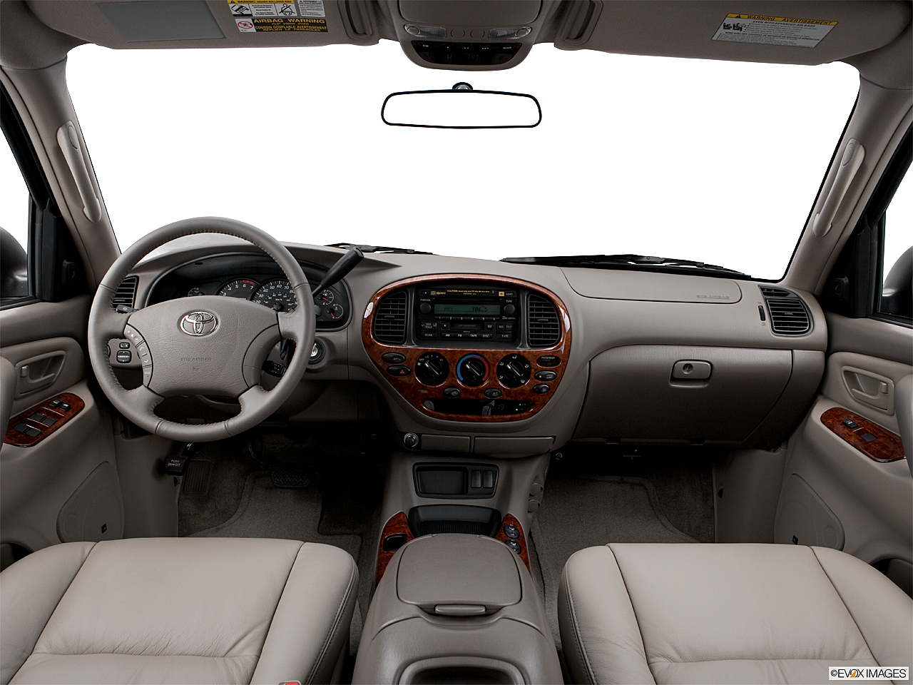 2006 Toyota Tundra Limited, centered wide dash shot