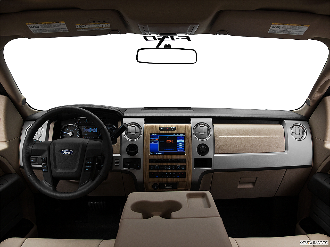 2011 Ford F-150 Lariat, centered wide dash shot