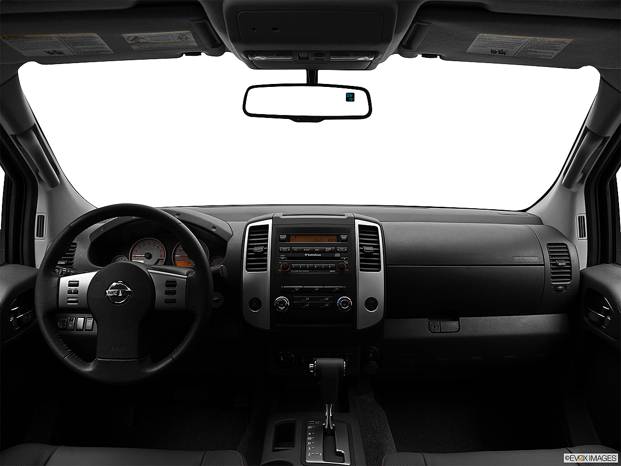 2012 nissan frontier 4x4 pro 4x 4dr crew cab swb pickup 5a research groovecar. Black Bedroom Furniture Sets. Home Design Ideas