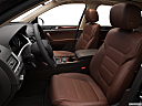2012 Volkswagen Touareg TDI Lux, front seats from drivers side.