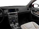 2012 Volvo S60 T5 SR, steering wheel/center console.