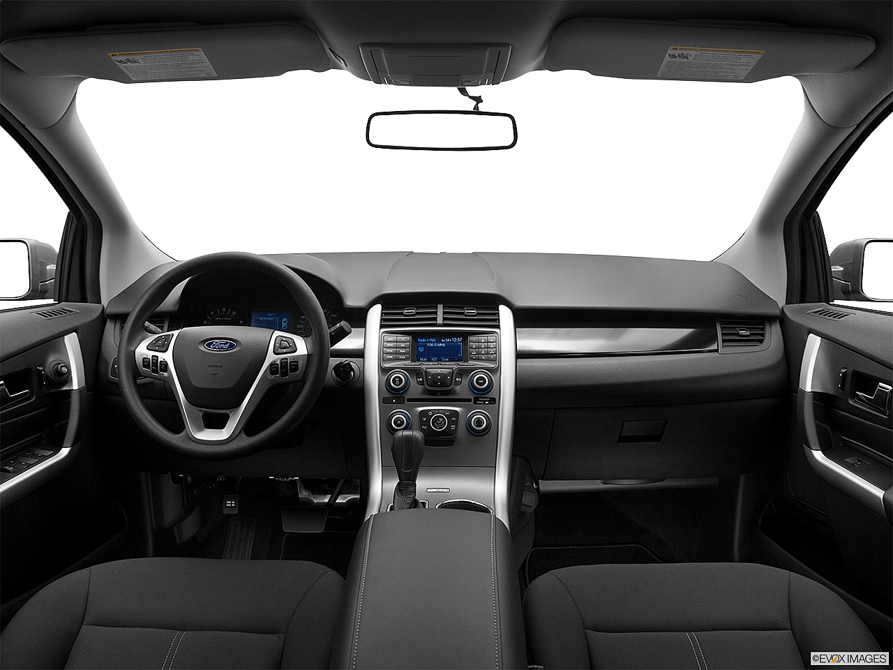 2013 Ford Edge SE, centered wide dash shot