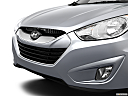 2013 Hyundai Tucson Limited, close up of grill.