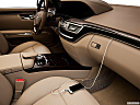 2013 Mercedes-Benz S-Class S550, zune and auxiliary jack