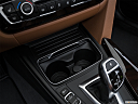 2016 BMW 3-series 340i, cup holders.