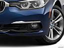 2016 BMW 3-series 340i, driver's side fog lamp.