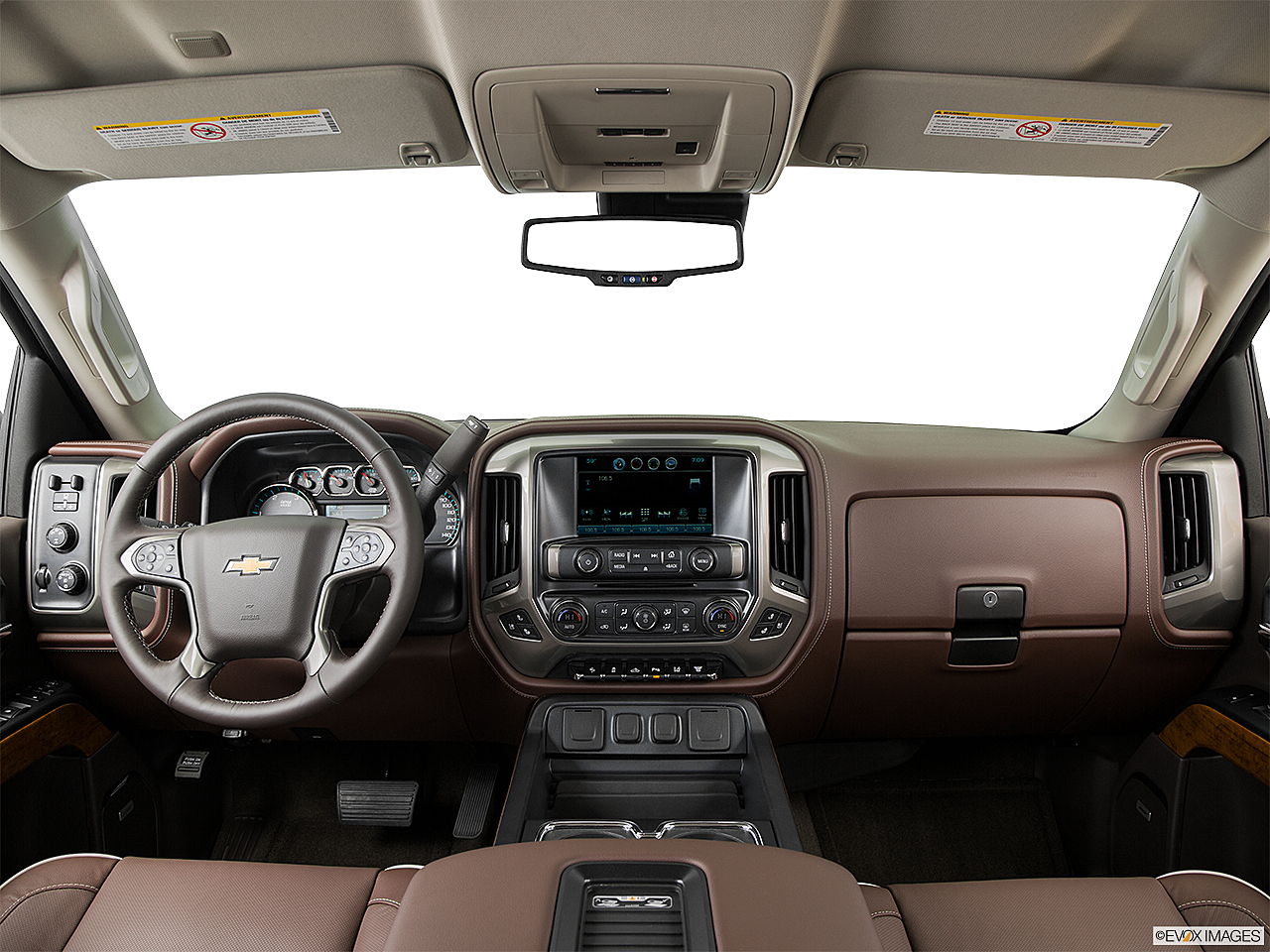 2016 Chevrolet Silverado 3500HD High Country Dual Rear Wheel, centered wide dash shot