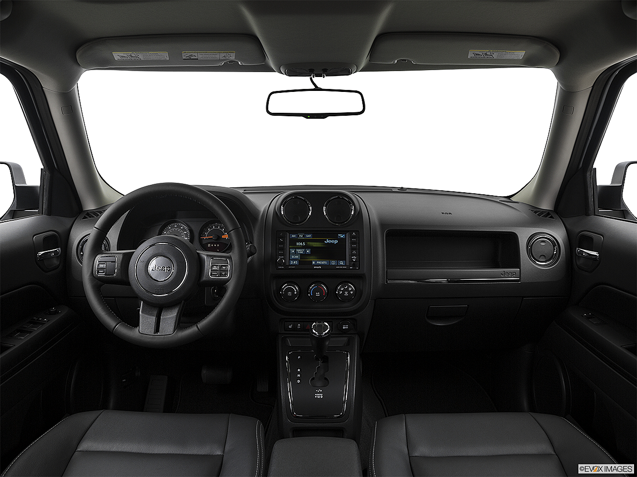 2017 Jeep Patriot Sport, centered wide dash shot