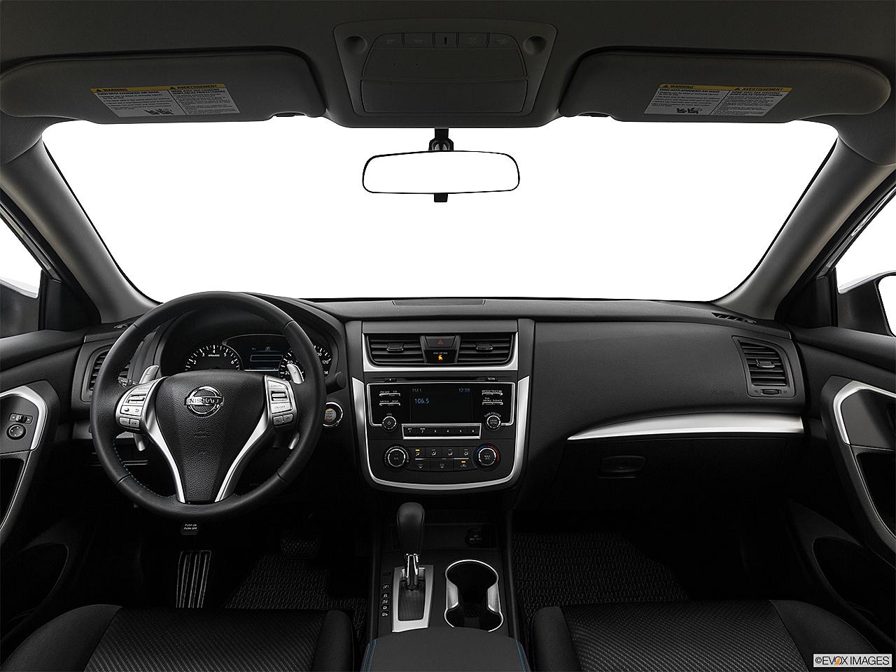2017 Nissan Altima 2 5 Sr Centered Wide Dash Shot