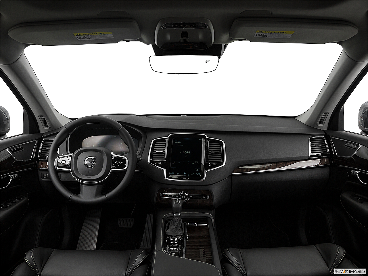 2017 Volvo Xc90 T6 Momentum Centered Wide Dash Shot