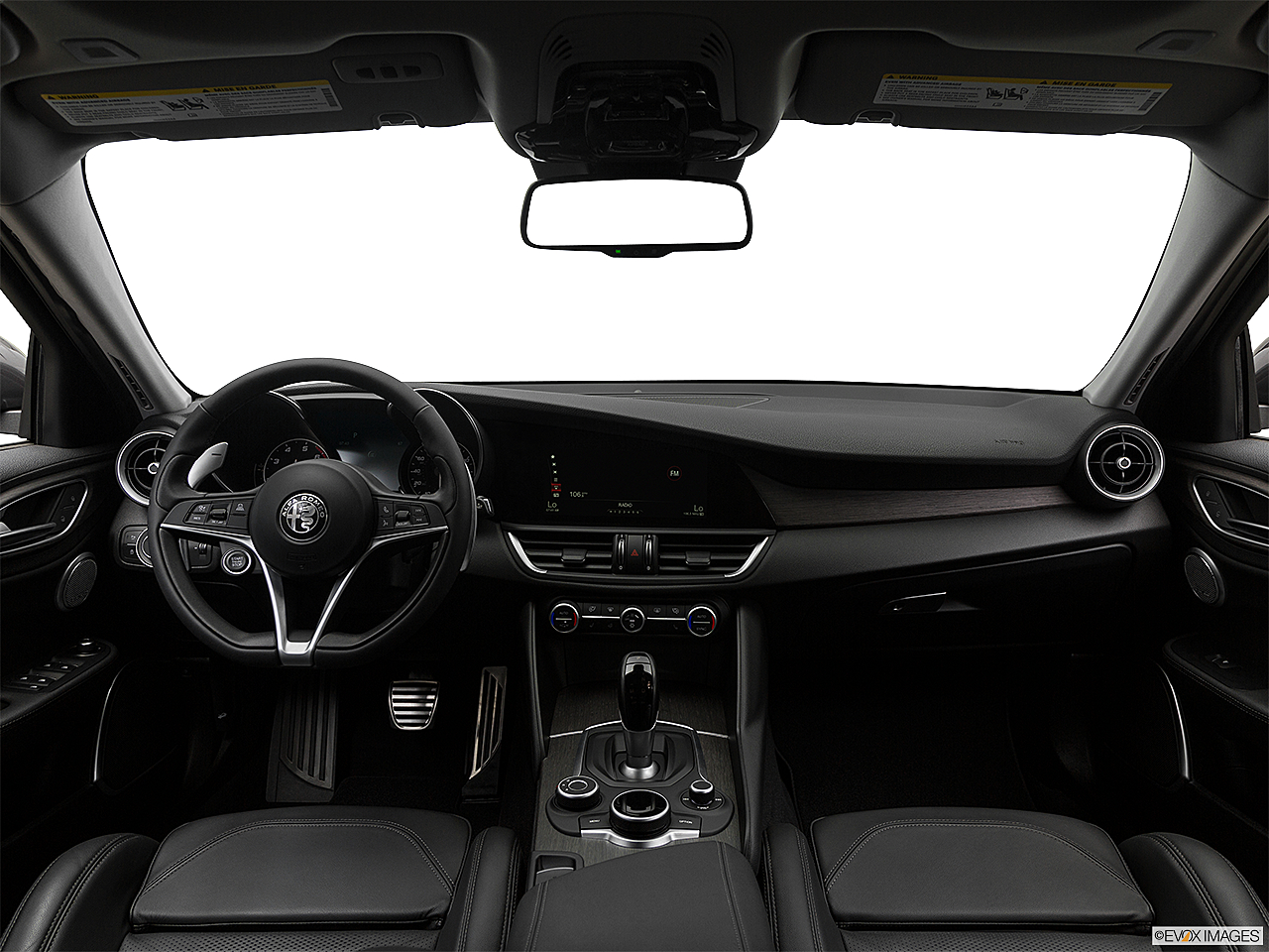 2018 Alfa Romeo Giulia Ti Sport, centered wide dash shot