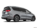 2018 Chrysler Pacifica Limited, low/wide rear 5/8.