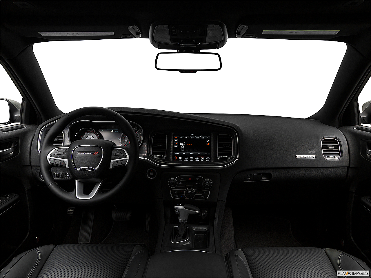 2018 Dodge Charger SXT Plus, centered wide dash shot