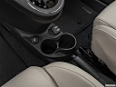 2018 Fiat 500 Lounge, cup holders.