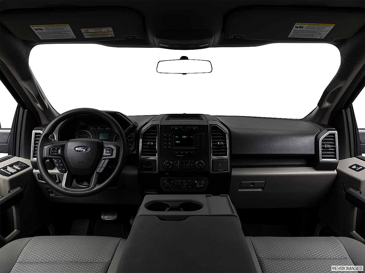 2018 Ford F-150 XLT, centered wide dash shot