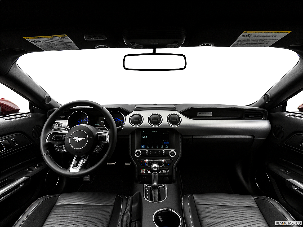 2018 Ford Mustang GT Premium, centered wide dash shot