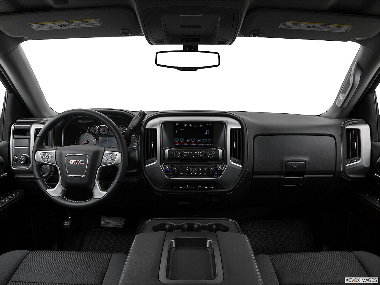 2018 GMC Sierra 1500 SLE, centered wide dash shot