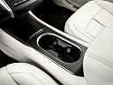 2018 Lincoln MKC Black Label, cup holders.
