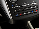 2018 Lincoln MKC Black Label, heated seats control
