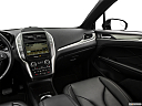 2018 Lincoln MKC Premier, center console/passenger side.
