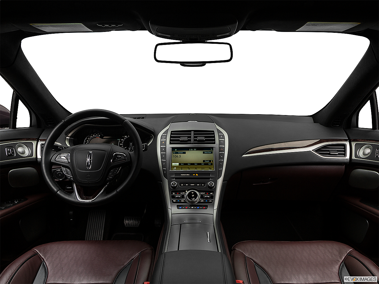 2018 Lincoln MKZ Black Label, centered wide dash shot