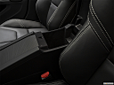 2018 Volvo S60 T5 Dynamic, front center divider.